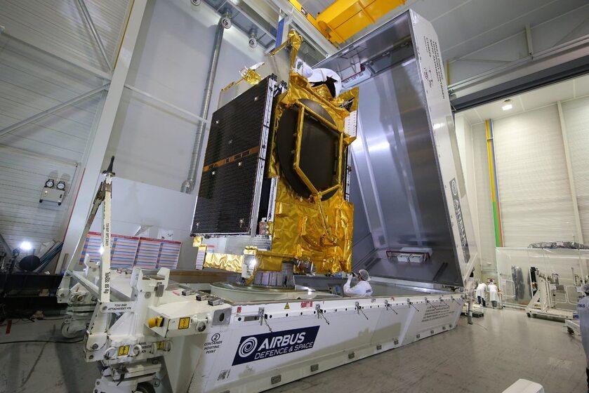 Satelita Anasis II