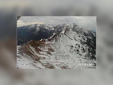 Nieodpowiedzialni turyści w Tatrach. Ratownicy TOPR ściągali ze szlaku...