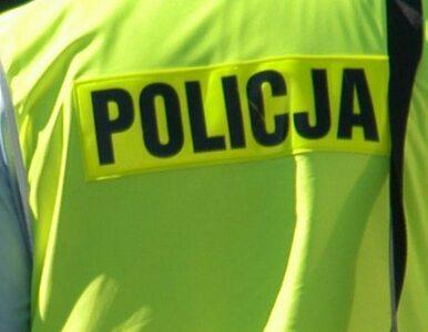 Policjant kopał po głowie. 8 lat zakazu pracy i 1,5 roku więzienia w...