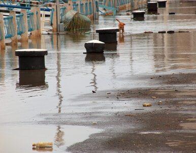 """Powódź zatopiła Wielką Brytanię. """"Jest najgorzej od 70 lat"""""""