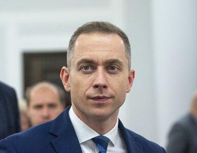 """Sasin popełnił """"przestępstwo wyborcze""""? Tomczyk zapowiada zawiadomienie..."""