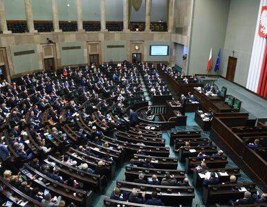 Sondaż poparcia dla partii. Duża przewaga PiS, SLD i PSL poza Sejmem
