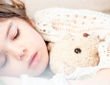 Czy dzieci moczą się w nocy ze stresu? Odpowiedź może zaskoczyć