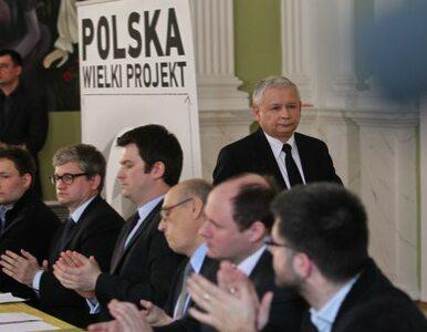 """""""Smoleńsk przestraszył Polaków"""""""