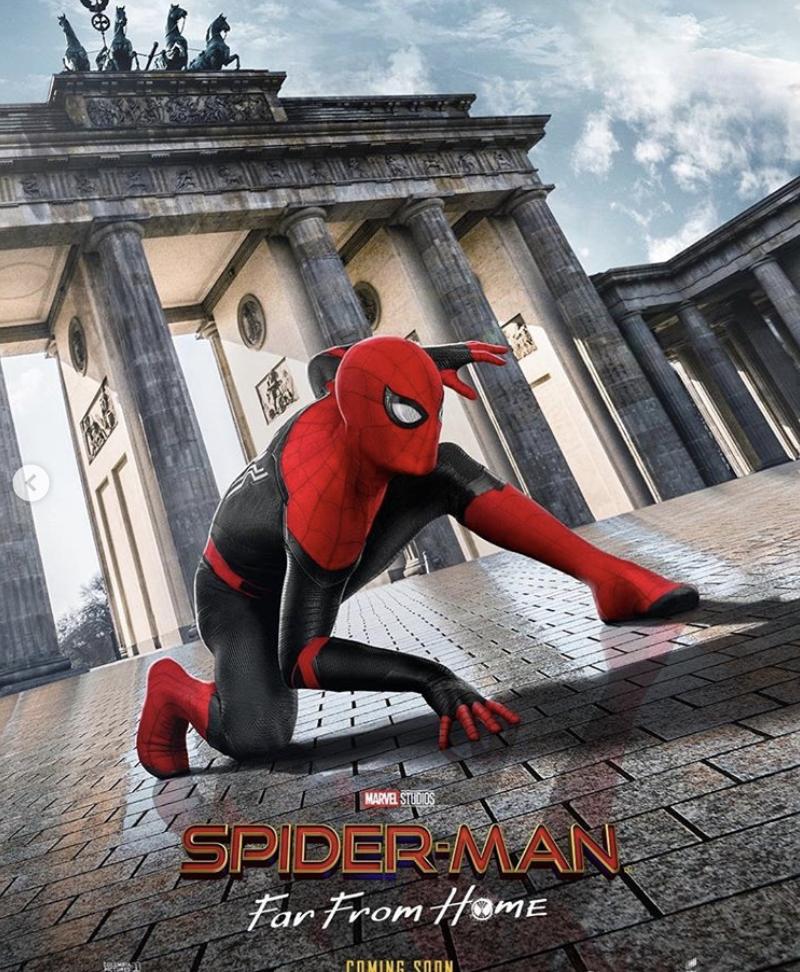 """Plakat do filmu """"Spiderman: Far from home"""""""