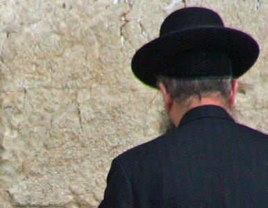 Tablica upamiętni Żydów? Wspólnota mieszkaniowa pytała o pieniądze