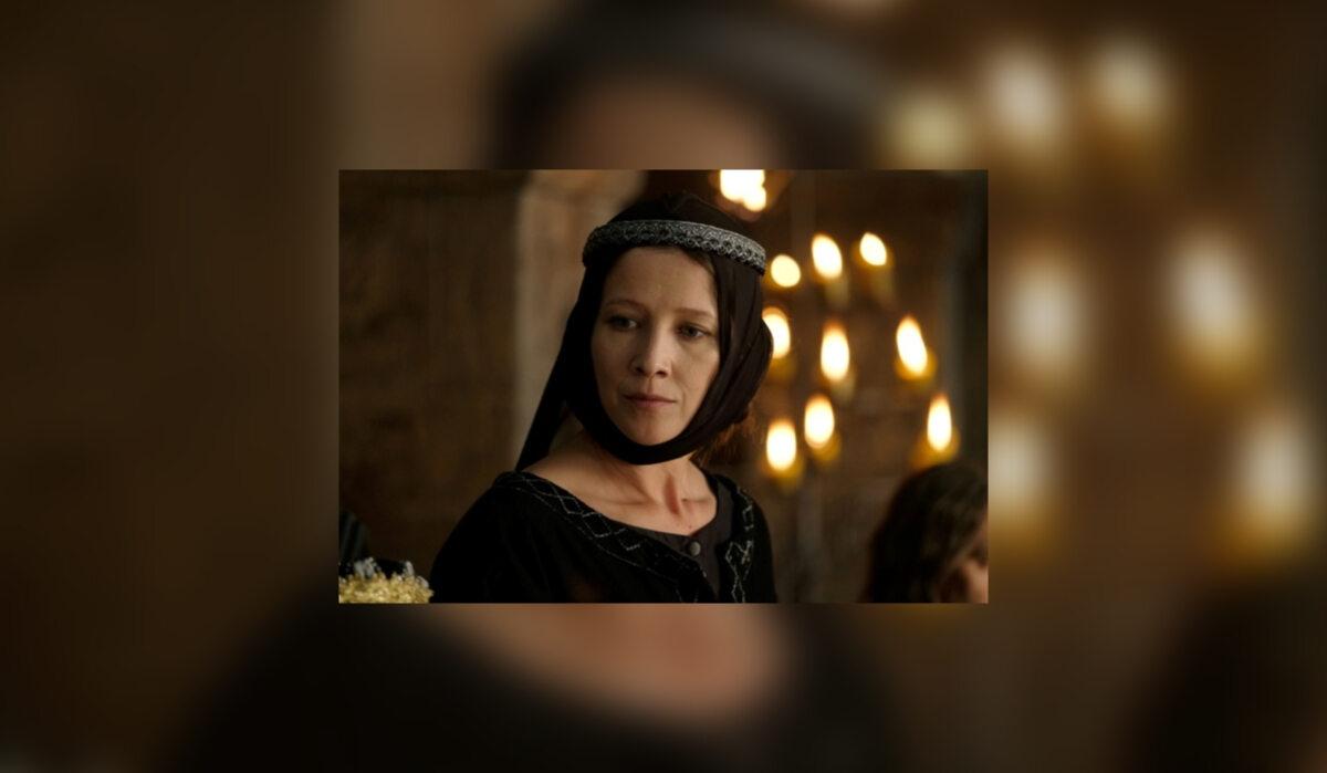 Kunegunda Łokietkówna (Anna Grycewicz) Była najstarszym dzieckiem Władysława Łokietka i Jadwigi. Jej ojciec szukając sprzymierzeńca, który mógłby na Śląsku stanowić przeciwwagę w stosunku do wrogich mu Piastów głogowskich, zawarł sojusz z księciem świdnickim Bernardem i około 1310 r. dał mu Kunegundę za żonę. Z małżeństwa urodziło się liczne potomstwo: dwóch synów, Bolko i Henryk oraz trzy córki – Konstancja, Elżbieta i Beata. Po śmierci Bernarda w 1326 r. Kunegunda wyszła ponownie za mąż za księcia saskiego Rudolfa I. Zmarła najprawdopodobniej w 1333 r. i pochowana została kościele franciszkańskim w Wittenberdze
