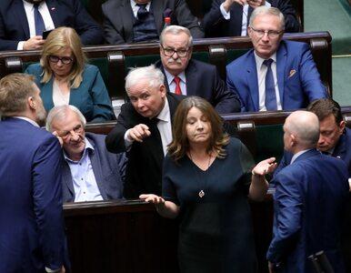 Sondaż. Czy Lichocka powinna ponieść karę za swój gest w Sejmie?...