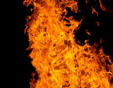 Na A4 spłonął samochód