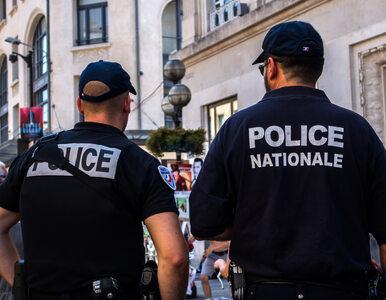 Mężczyzna próbował wjechać w ludzi przed francuskim meczetem