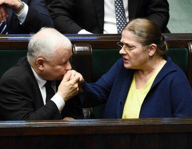 """Krystyna Pawłowicz namaściła """"nową Pawłowicz"""". Kto odebrał gratulacje?"""