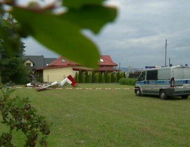 Wypadek szybowca w Krośnie. Maszyna zahaczyła od drzewo i słup energetyczny