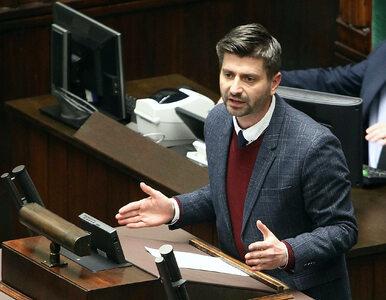"""Śmiszek atakuje PiS, powołując się na Lecha Kaczyńskiego. """"Akurat..."""