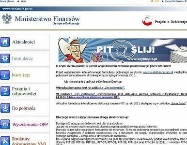 Coraz więcej Polaków wybiera wirtualnego PIT-a