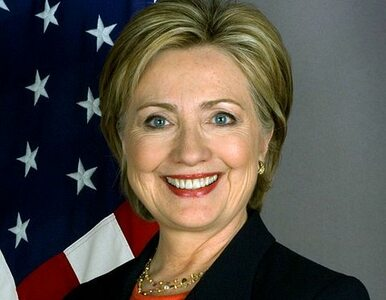 """Ostatnia debata demokratów. Sanders zarzuca Clinton """"bliskie związki z..."""