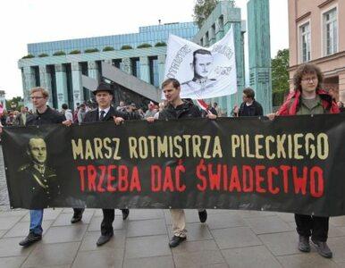 """""""Pileckiego pamiętamy, komunistom żyć nie damy!"""""""