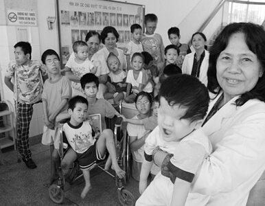 Amerykanie sprzątają po wojnie w Wietnamie