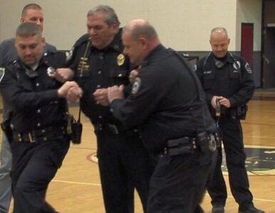 Policjanci porazili szeryfa - w nagrodę dostaną... radiowóz
