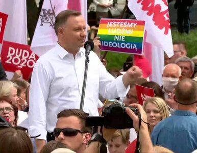 Wiec Andrzeja Dudy w Lublinie. Nagle za plecami prezydenta pojawił się...