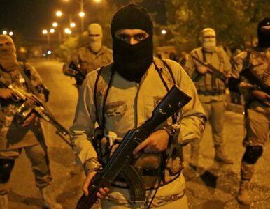 Bohaterska walka wręcz komandosów z bojówkami IS. Jeden z terrorystów...