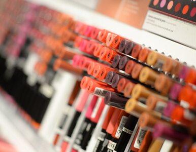 Zdrowy makijaż, czyli jaki? Skin coach o tym, co się kryje w kosmetykach