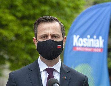 Debata w TVP. Kosiniak-Kamysz skrytykował Dudę i pokazał długopis z...