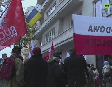 Narodowcy protestują przed ambasadą Ukrainy