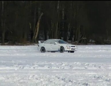 Policja przestrzega: nie jeździjcie samochodami po jeziorach